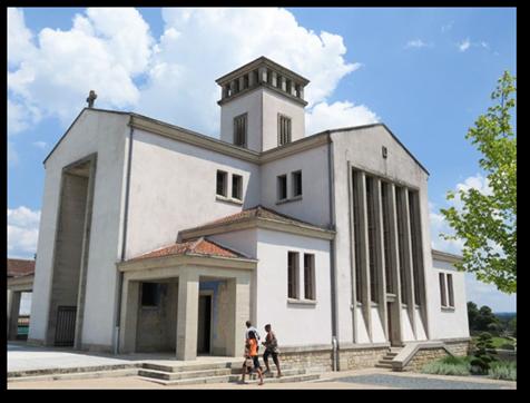 Oradour-sur-Glane. Eglise St Martin du nouveau bourg.