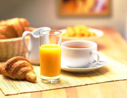 Croissant. Petit déjeuner.