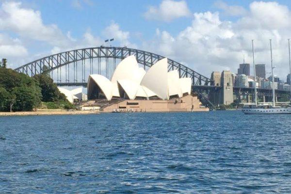 Sydney. Harbour bridge et Opéra.