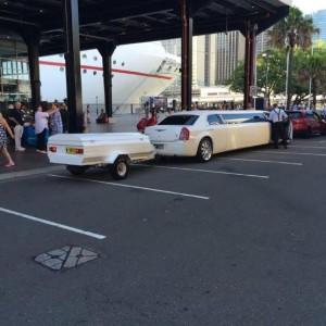 Sydney. limousine et remorque