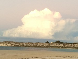 cORAL bAY nuages.