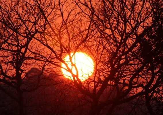 coucher de soleil printanier ce soir au pays basque