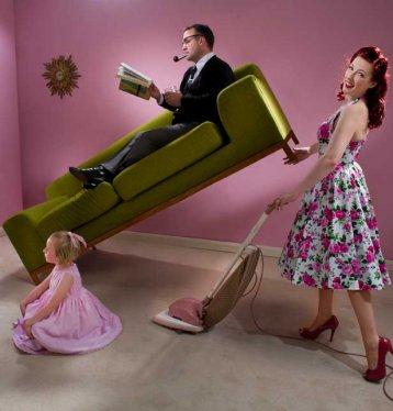 les hommes font moins le ménage que les femmes