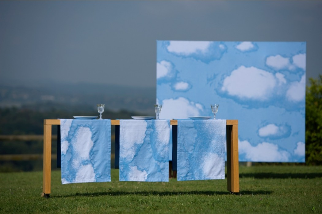 Magritte. MMoutet. Torchon et nappes.
