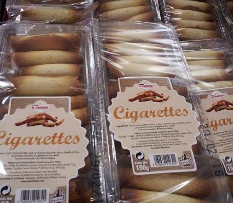 Trinitaine. Cigarettes.