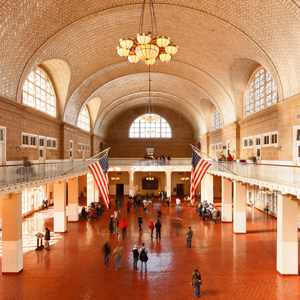 Hall où étaient effectuées les formalités .