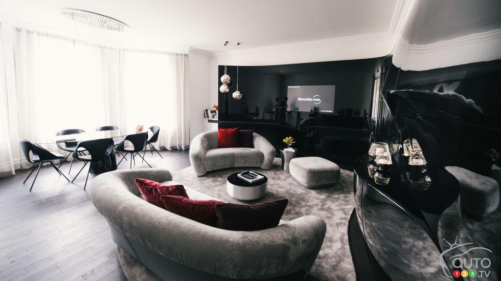 mercedes benz am nage des appartements londres comme ses voitures la femme qui marche. Black Bedroom Furniture Sets. Home Design Ideas