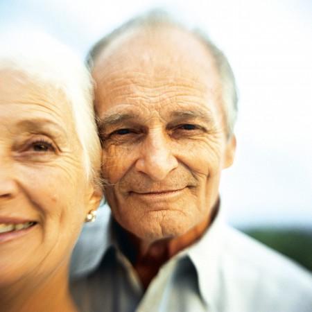 vieillir en beaut surtout si on est en bonne sant la femme qui marche. Black Bedroom Furniture Sets. Home Design Ideas