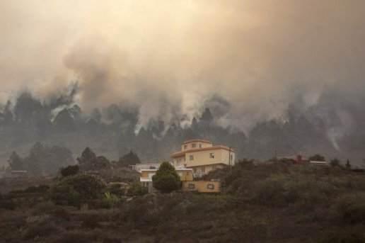 l-incendie-a-provoque-de-nombreux-degats-et-la-mort-d-un_786191_516x343
