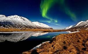 aurore-boreale-plein-ciel