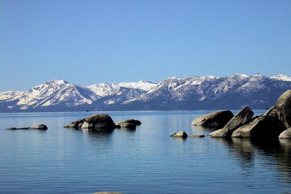 ça c'est l'amérique. lac tahoe. nevada. californie
