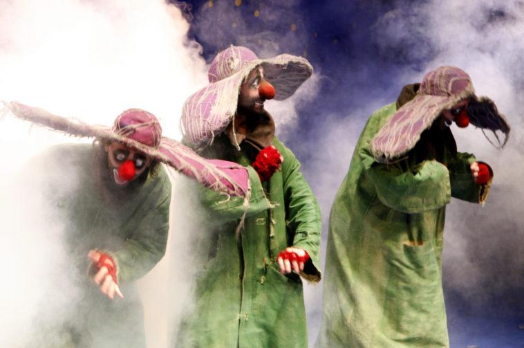 3 green in fog (A.Lopez)