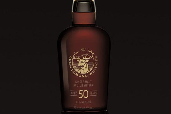 13.900 euros la bouteille de whisky. single malt loch lomond 50 ans d'âge.