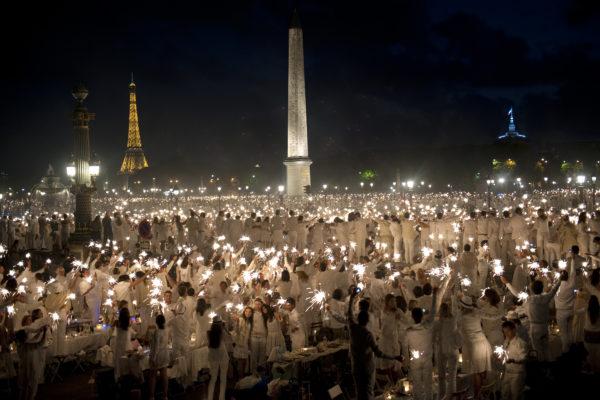 où a lieu ce soir le dîner en blanc à Paris ?