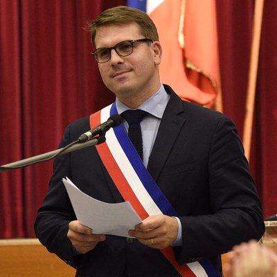 Georges Boulard. Maire du XVII ème de Paris. m53tK2Gx_400x400