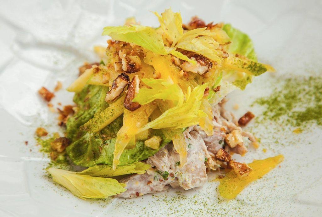 Une salade Waldorf à la façon du chef Andreï Chmakov. 5980ee23-21bd-4589-87ff-ada52df7ded3_1024