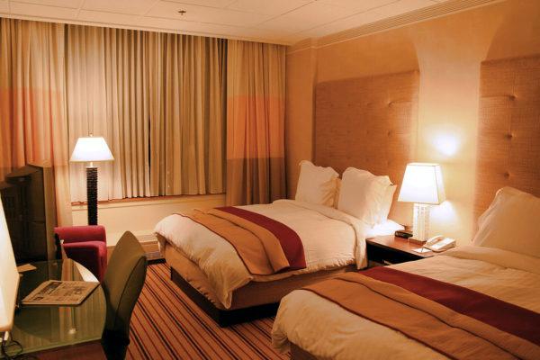 les chambres d'hôtel se nettoient toutes seules ?