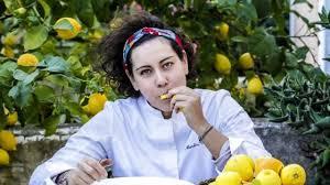 martina caruso : jeune cheffe étoilée de l'ile de Salina.