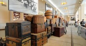 ellis island museum bagages.