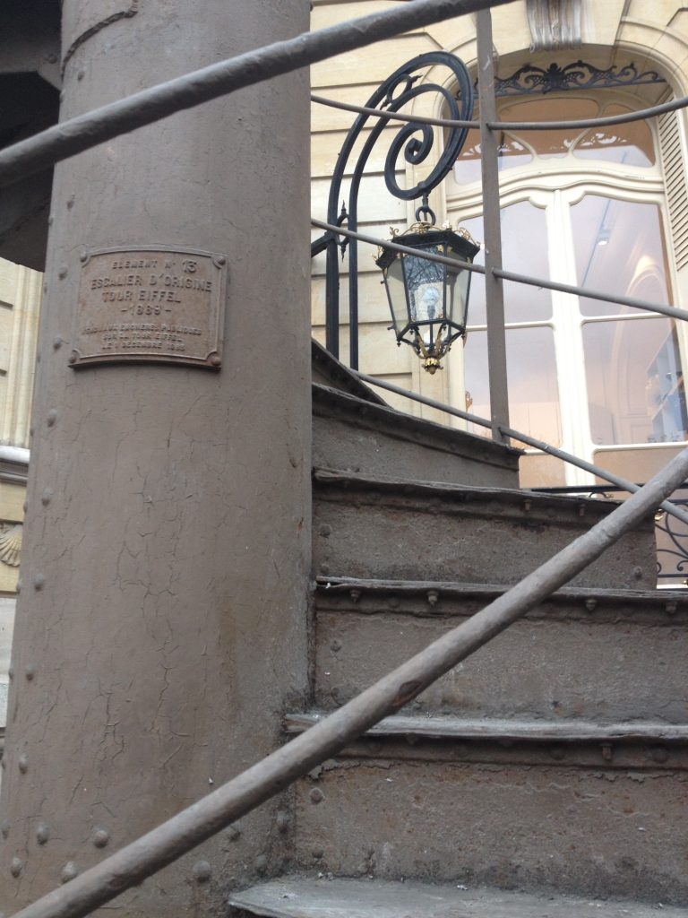 escalier-tour-eiffel-2-artcurial