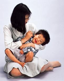 mimikaki being used