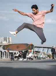 longboard dancing : sur instagram ou au trocadéro.